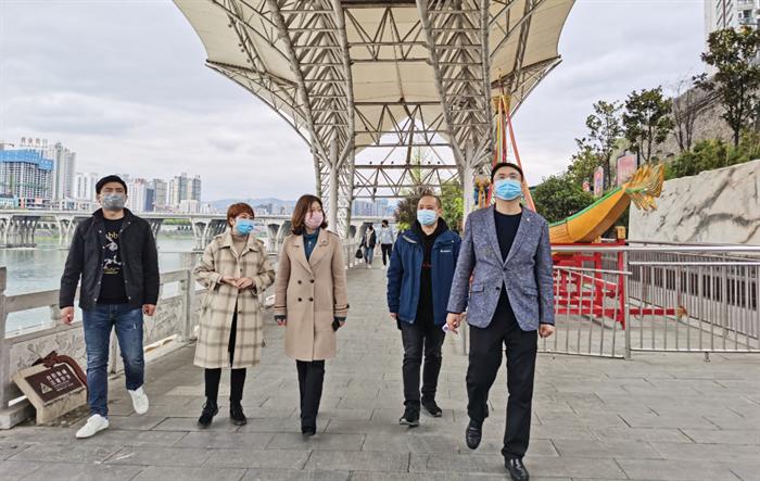 市国资委副主任吴虹检查指导龙舟文化园城市创建工作